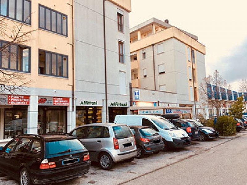 Affitto Negozio commerciale - Аренда Коммерческий магазин